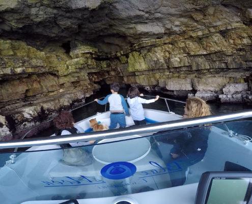 Visita alle grotte marine di Polignano