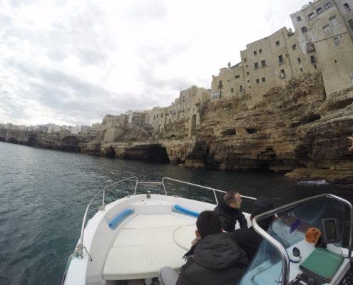 Visita guidata in barca a Polignano a Mare